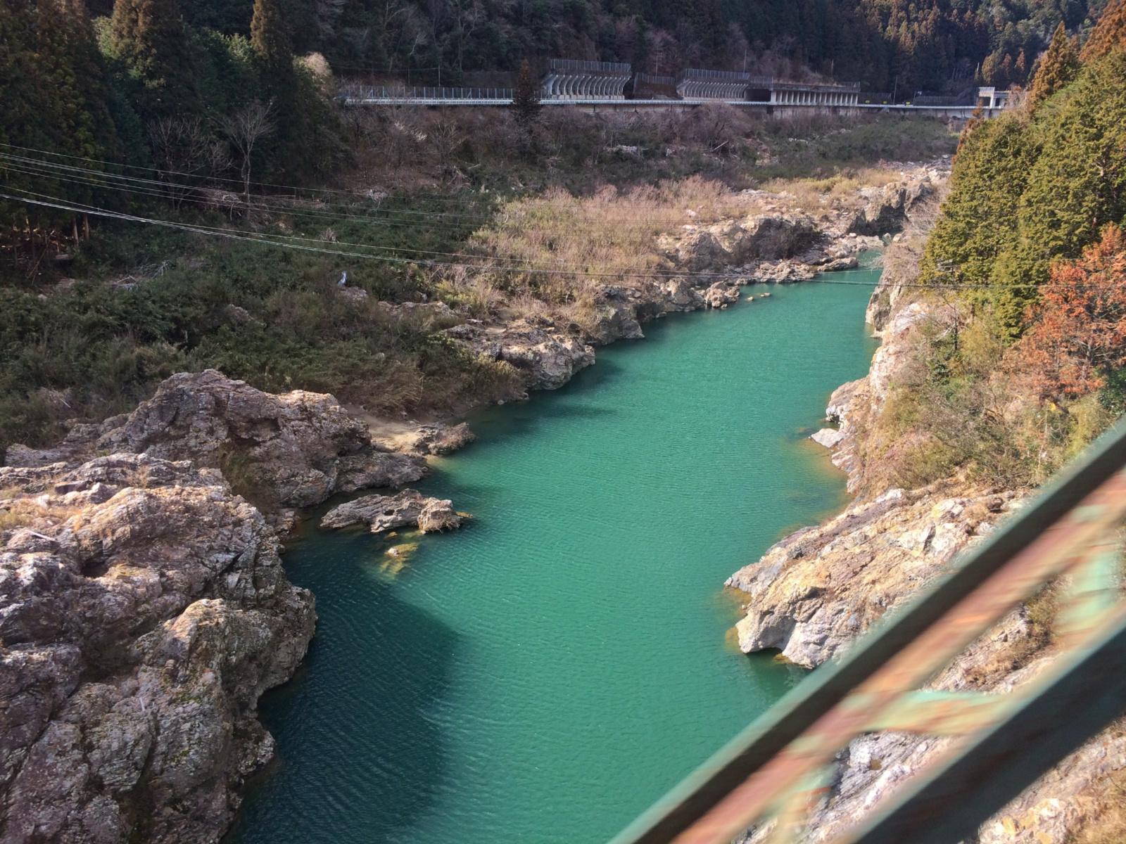 Conhecendo os Alpes Japoneses de Trem.