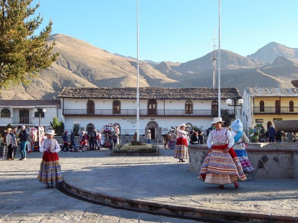 danças em Yanque