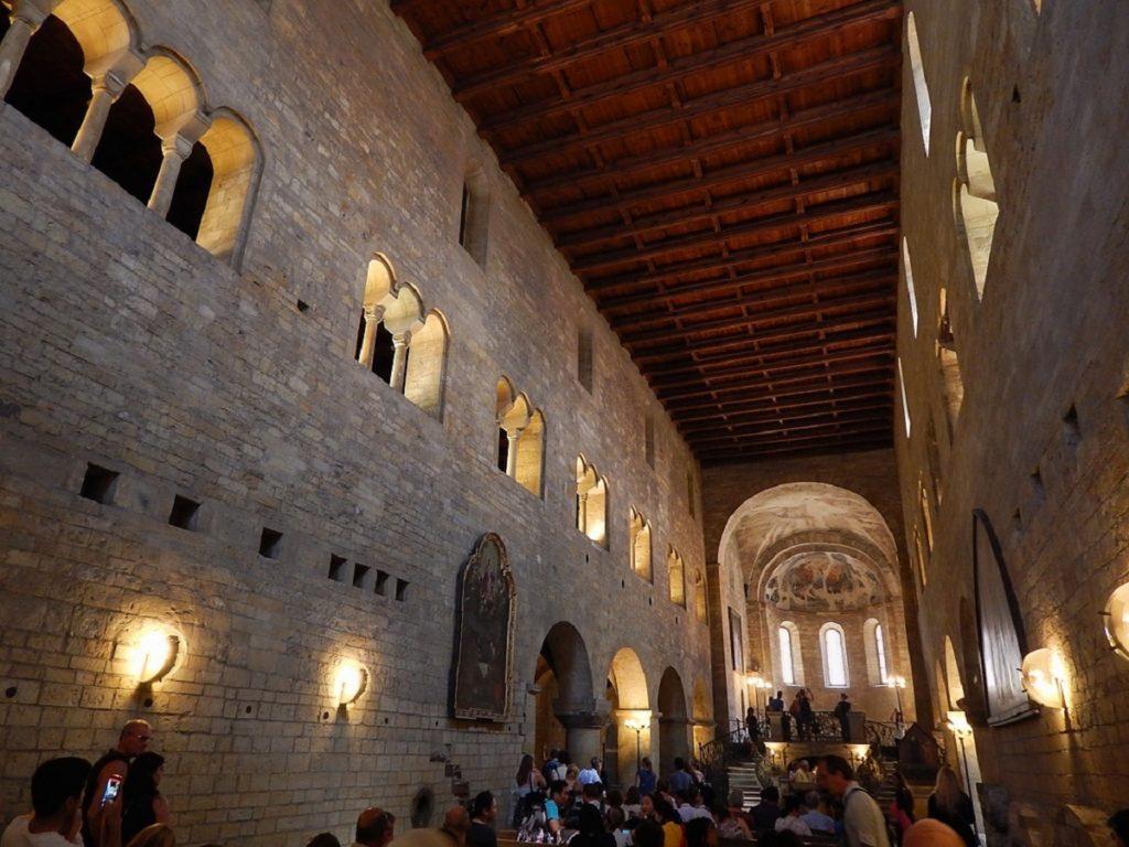 Basílica de São Jorge, no Castelo de Praga.
