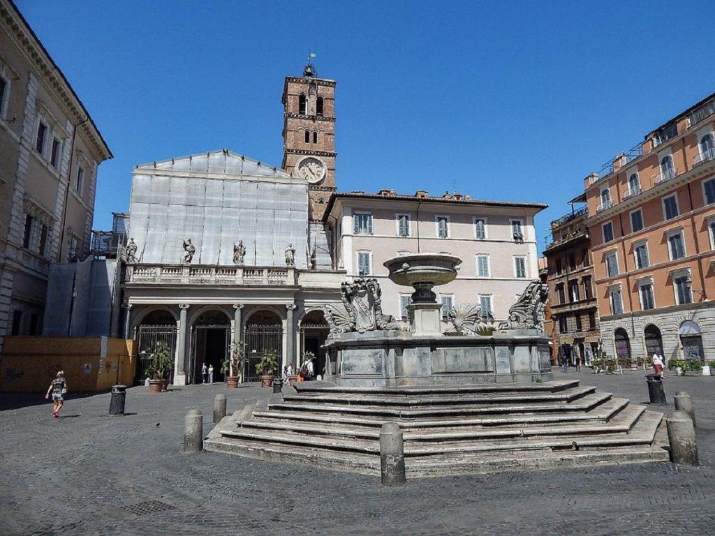 Basílica di Santa Maria in Trastevere.