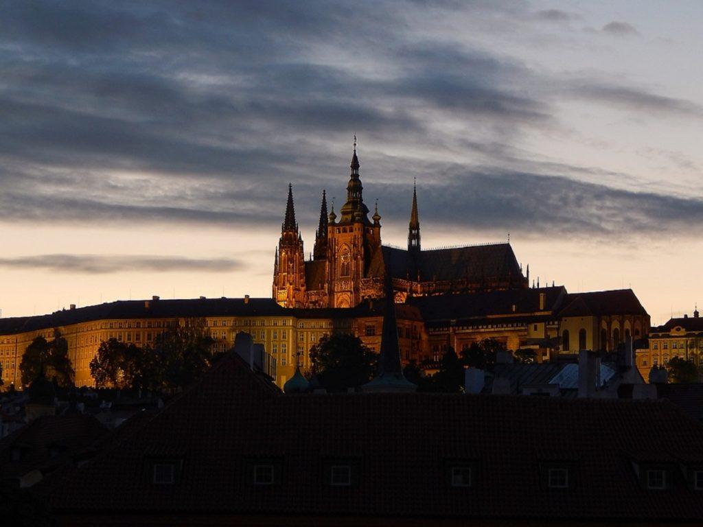 Anoitecer em Praga.