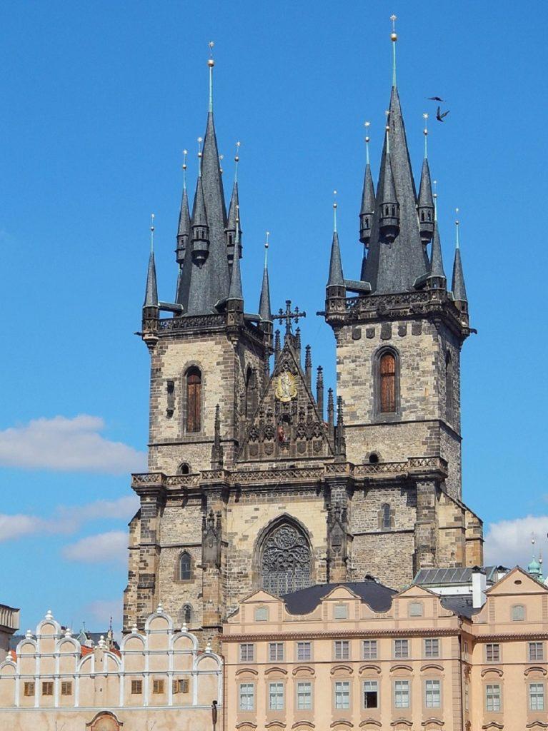 Igreja da Nossa Senhora em Frente de Týn